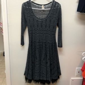 Dresses & Skirts - Layered Lace Dress with 3/4 Sleeves